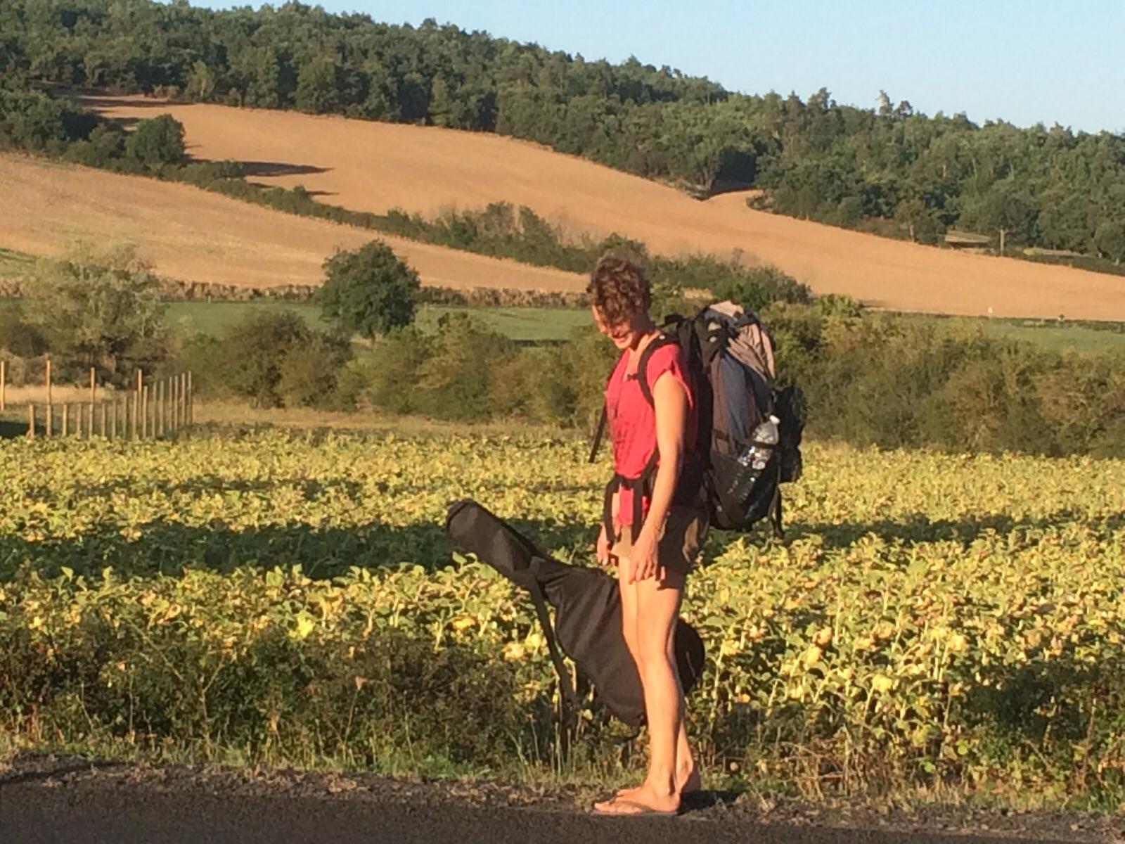 Illustrated travelblog travel illustration Hitchhiking through France