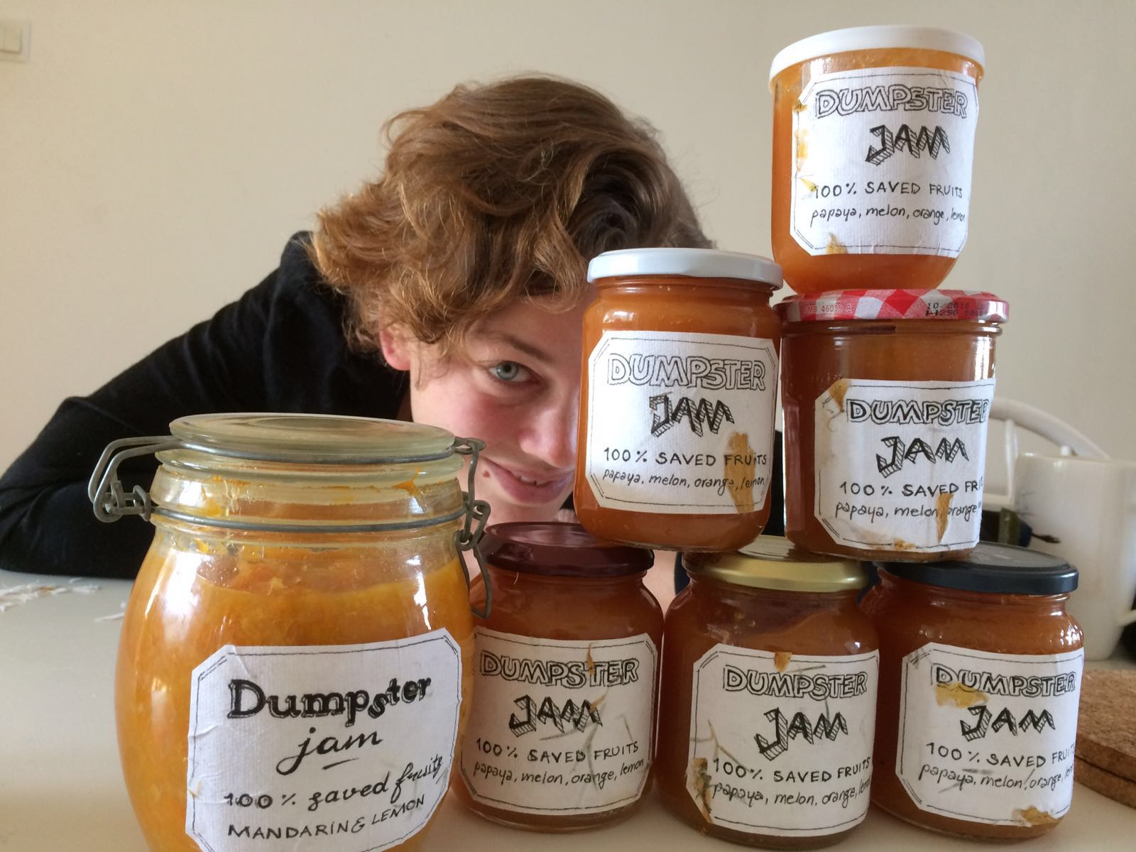 Dumpster diving making jam rescued saved wasted fruits fighting food waste