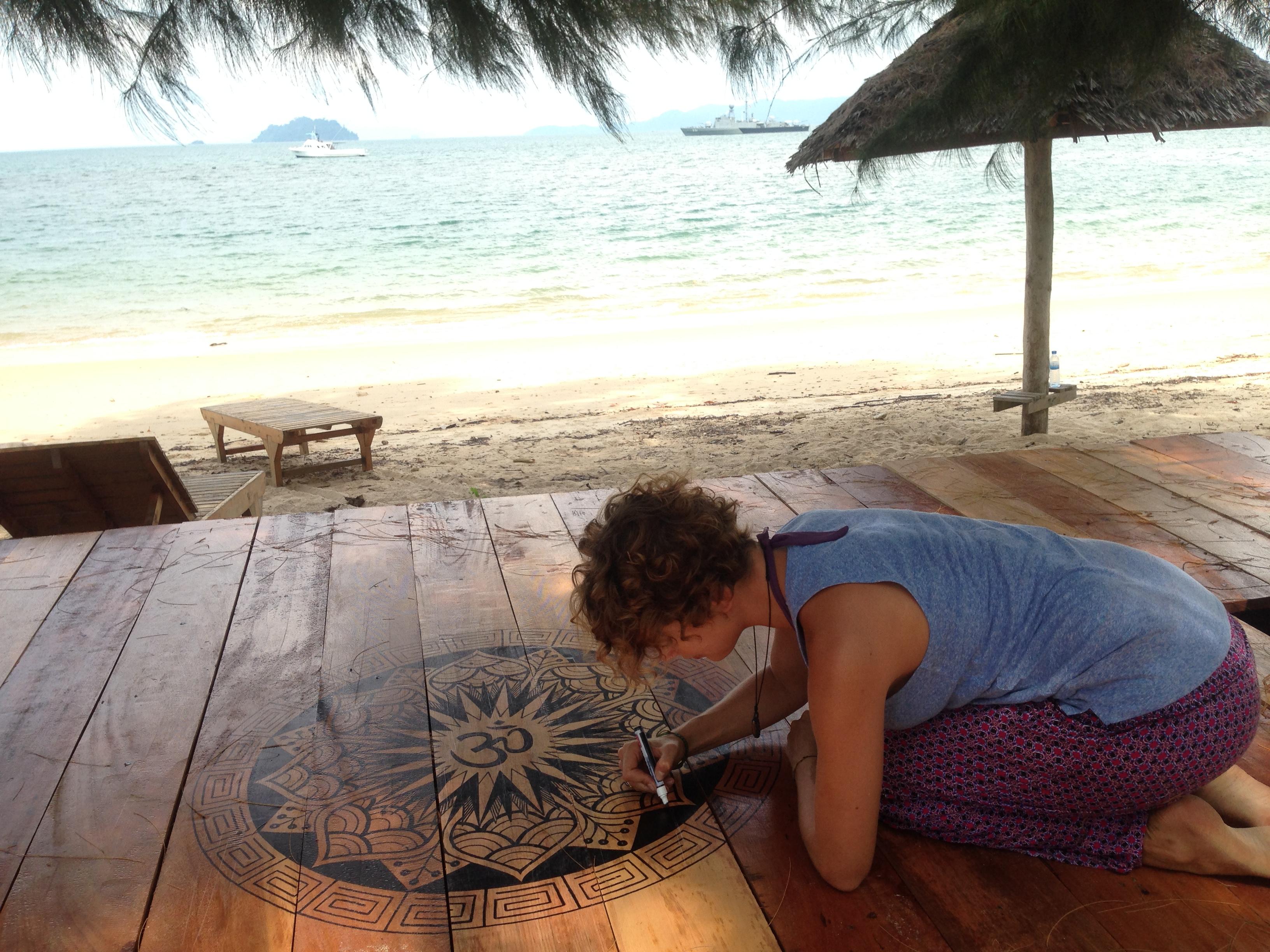 sign painting hand lettering lilian leahy rotterdam thailand sabai sabai beach bungalows mandala yoga