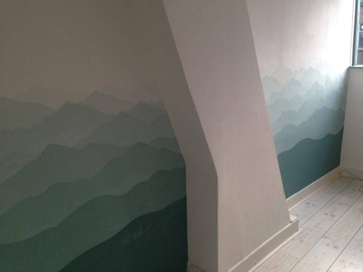 mural art muralist painting murals lilian leahy illustrations illustrator ombre gradient mint calm meditation