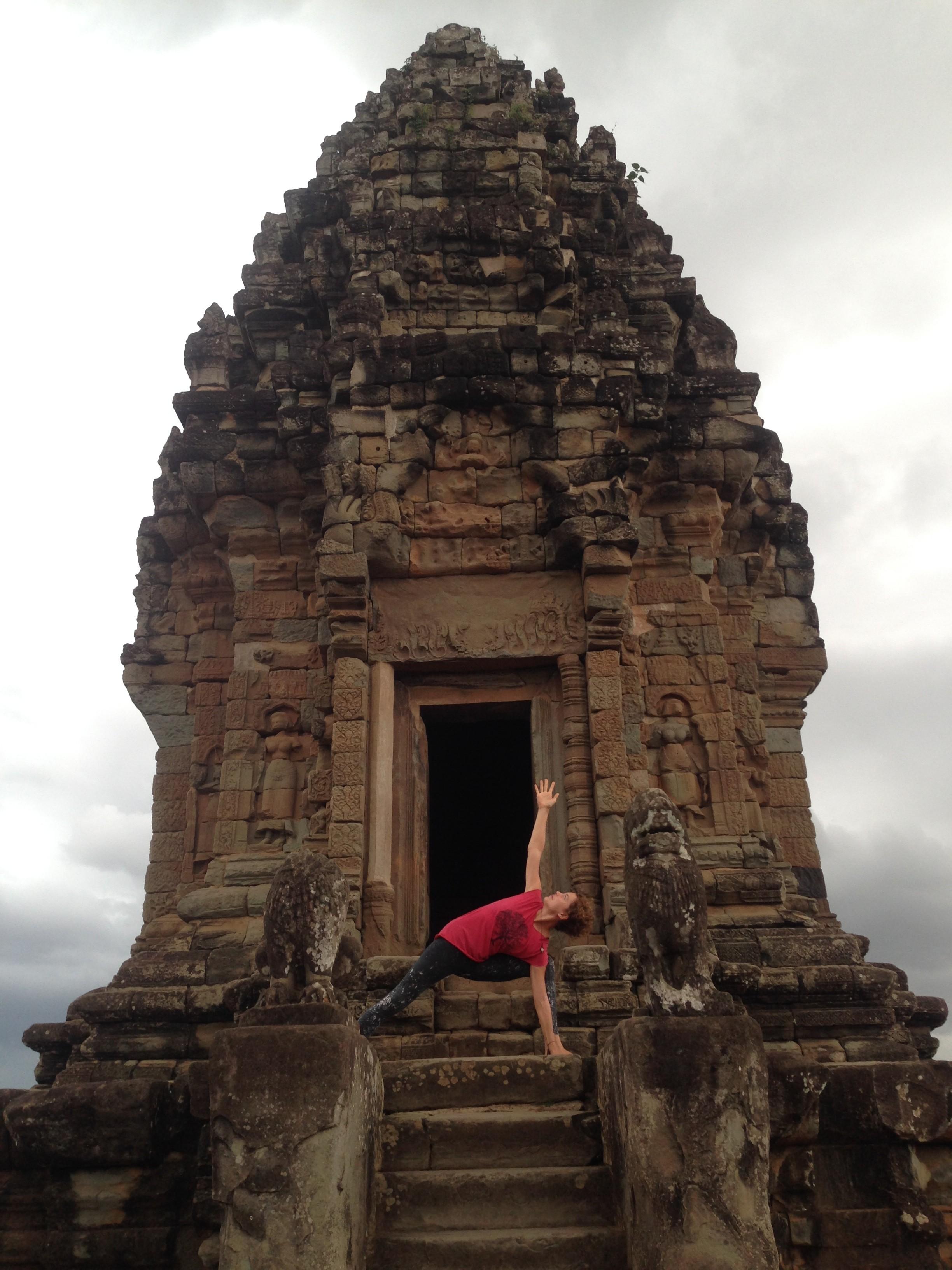 Yoga Angkor Wat Cambodia Bakong temple Hariharalaya retreat meditation